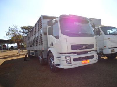 Volvo Vm 260 8x2 C/ Carroceria P/ Puxar Porco / Leitão