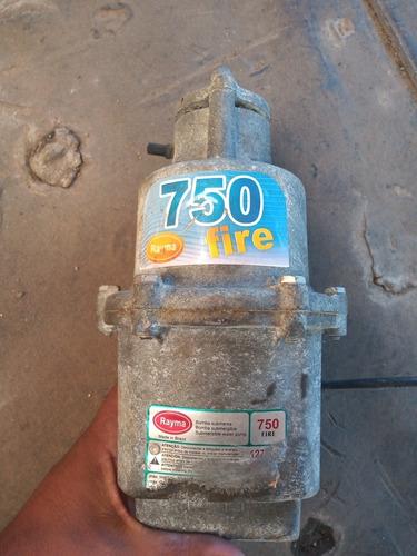 Imagem 1 de 3 de Bomba Submersa Rayma 750 Fire 127 Volt