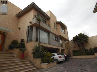 Preciosa Residencia Del Arq. Miguel Angel Cisneros