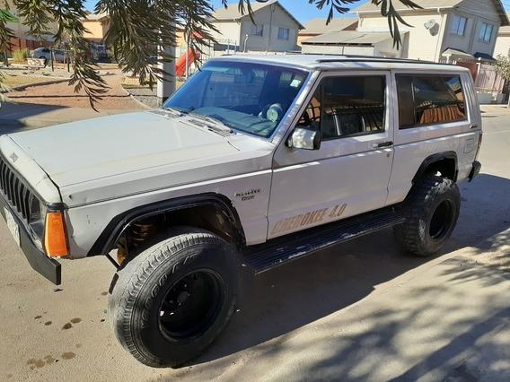 Jeep Jeep Cherokee 4x4 4.0