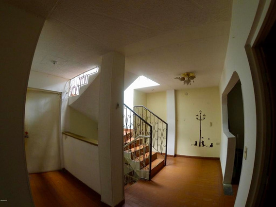 Casa En Venta 20 De Julio(bogota) Rah Co:20-640