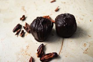 Caja De Bombones Recubiertos Por Chocolate Mexicano.