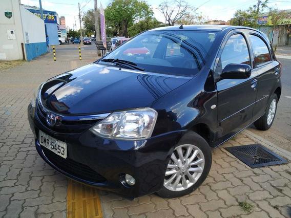 Toyota Etios Motor 1.5 2013 Preto 5 Portas