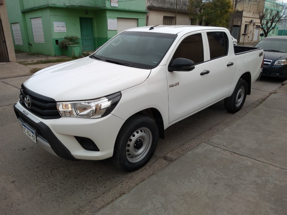 [merc] Toyota - Hilux 4x4 Cd Dx 6mt 2.4 Tdi 2018