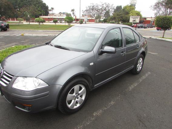 Volkswagen Bora 2014 Full
