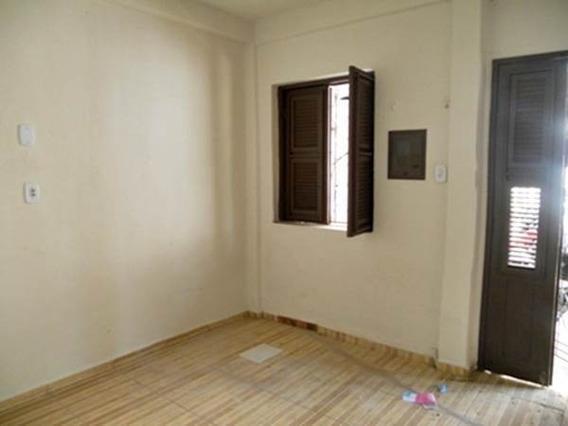 Casa Com 1 Quarto No Henrique Jorge, Sala, Banheiro, Cozinha