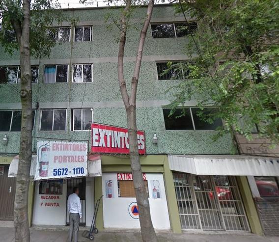 Remate Bancario Edificio Bien Ubicado