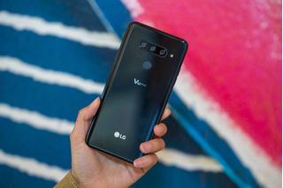 Celular LG V 40 Thinq