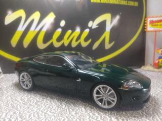 Miniatura 1/18 Jaguar Minichamps