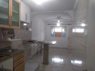 Casa 1 Quarto E 1 Banheiro