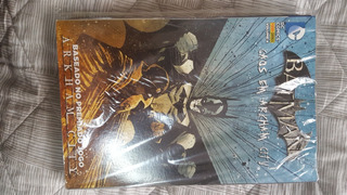 Hqs Caos Em Arkham City Batman 4 Edições - Novo