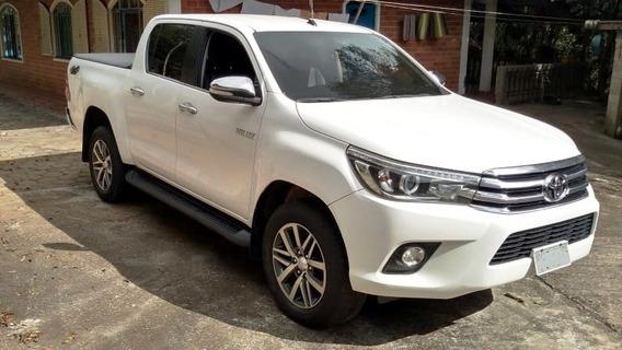 Toyota Hilux Cd Srx 4x4 2016 Top De Linha.