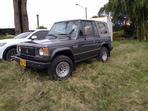 Mitsubishi Montero 1991 2.6 L042 Lona
