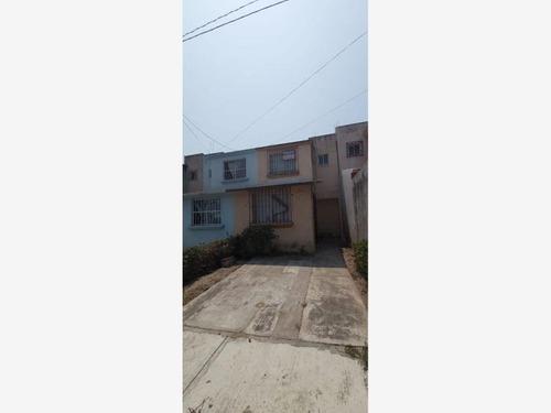 Imagen 1 de 7 de Casa Sola En Venta Condado Valle Dorado
