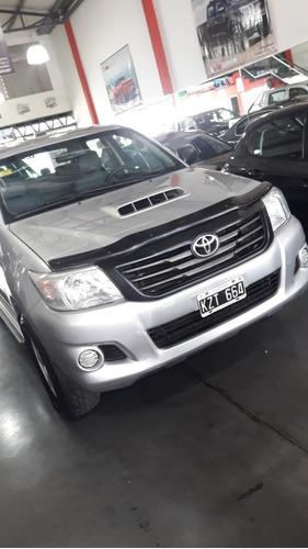Toyota Hilux 2.5 Cover Cs Dx Pack I 4x2 Cerrada 2012