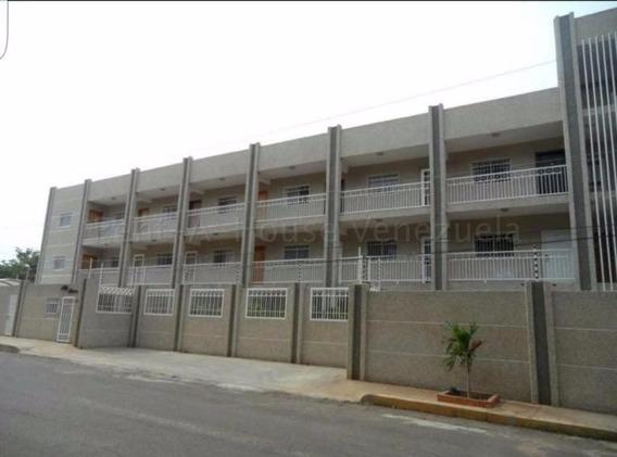 Veronica Ch. Vende Apartamento Mont Bello Maracaibo