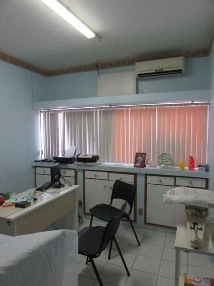 Sala Comercial No Centro; Prox A Praça Da Bandeira - Cp5652