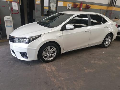 Toyota Corolla Xei Pack 1.8 Cvt Sedan 4 Puertas - 2015