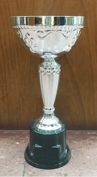 Copa Plateada 26 Cm Con Chapita Incluida- Homenajes- Trofeos