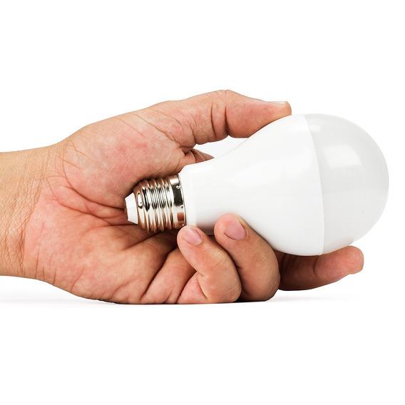 Lampada Dimerizável Led Bulbo 12w 110v Branco Frio