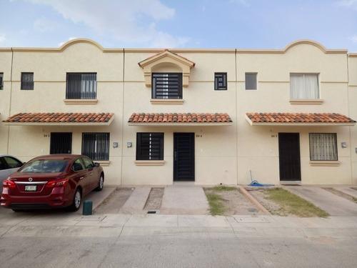 Casa En Renta Mission Viejo, San Agustin