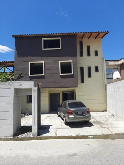 Casa A Estrenar En Zumba,conjunto Cerrado