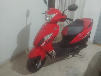 Suzuki Lets 112, Roja, Único Dueño
