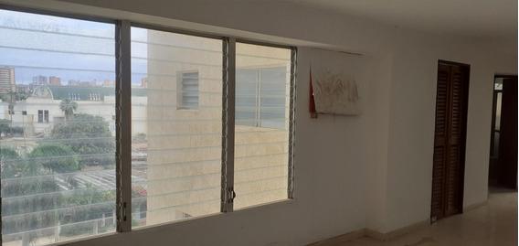 Apartamento En Venta En Av Universidad Api 32534 Eviana M.