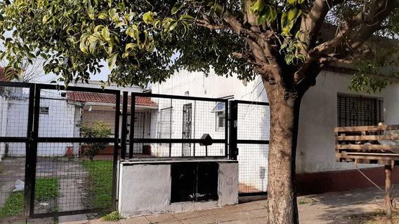 Venta Casa + Departamento - Zona Puerto