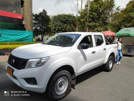 Nissan Np300 Frontier 2019- Doble Cabina Diesel 2.5 Aa