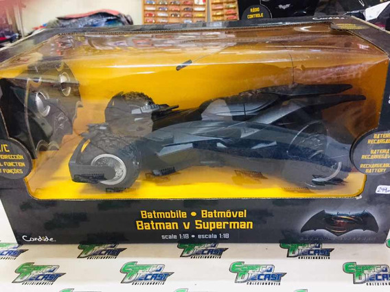 Batmobile Batmóvel Batman X Superman 1/18 Controle Candide