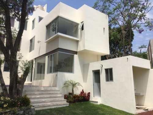 Casa En Fraccionamiento En Tetela Del Monte / Cuernavaca - Caen-463-fr