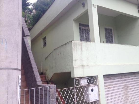 Casa Para Venda Em Volta Redonda, Retiro, 2 Dormitórios, 1 Banheiro, 2 Vagas - 095