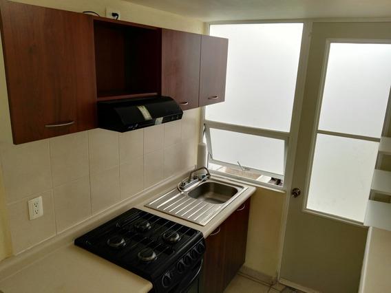 Se Renta Casa En Privada En Fraccionamiento Paseos Del Bosqu