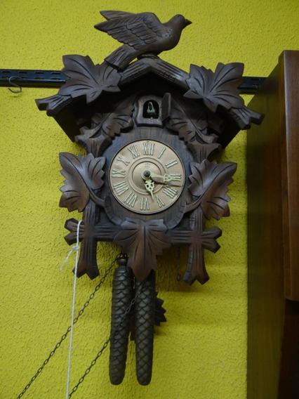 Antigo Relógio De Parede Cuco Em Madeira Maciça