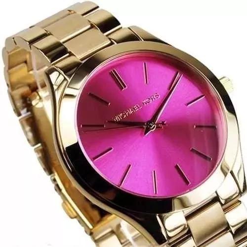 Relógio Mk Fundo Rosa.