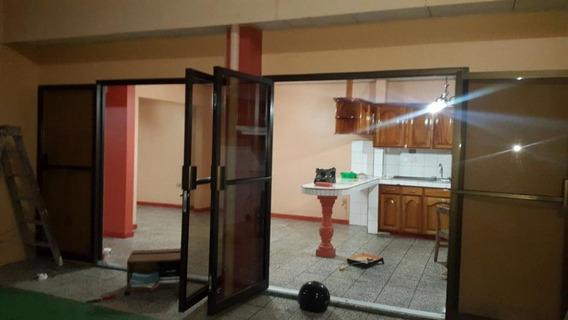 Casa De 3 Cuartos, 2 Baños, 223 Mtrs2 Construccion