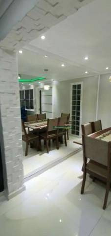 Imagem 1 de 6 de Sobrado Com 3 Dormitórios À Venda Por R$ 475.000 - Conjunto Habitacional São Sebastião - Mogi Das Cruzes/sp - So2289
