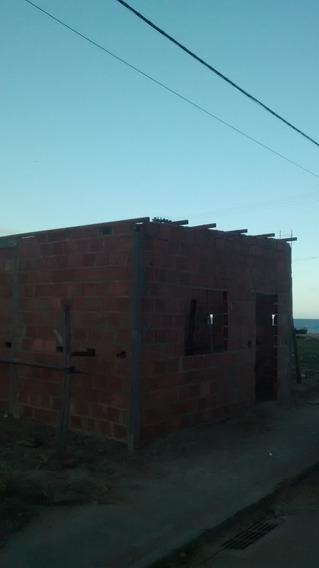 Vende-se Terreno 5x20, Casa Construída 35m² + Fundação.