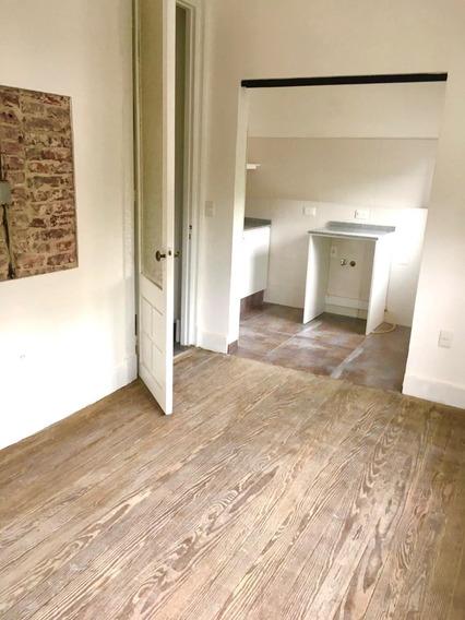 Dueño Vende: Espec Apartamento Reciclado A Nuevo! Reducto