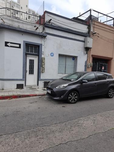 Vendo Casa Tipo Monoambiente Reciclado En La Blanqueada