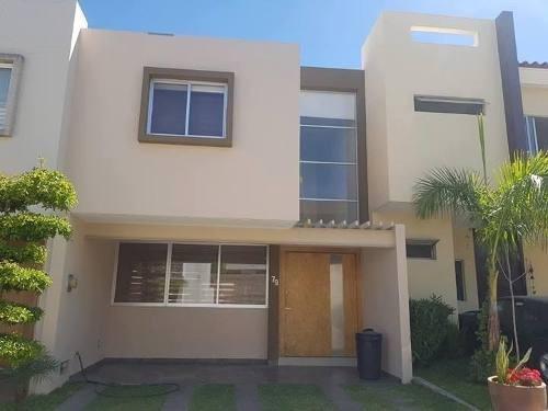 Casa En Renta Altavista Residencial