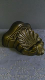 Decoração Antiga Peanha Gesso Dourada