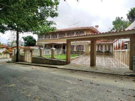 19-19730ao - Casa En Venta Urb. La Trinidad