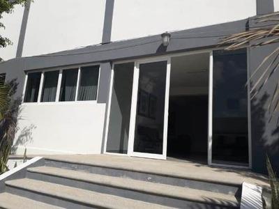 Oficina Comercial En Renta Fracc Rincon De Los Lagos