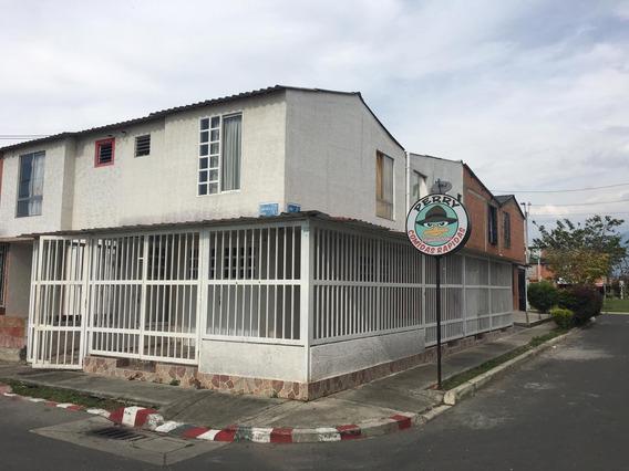 Casa Esquinera 3 Locales 1 Apartamento