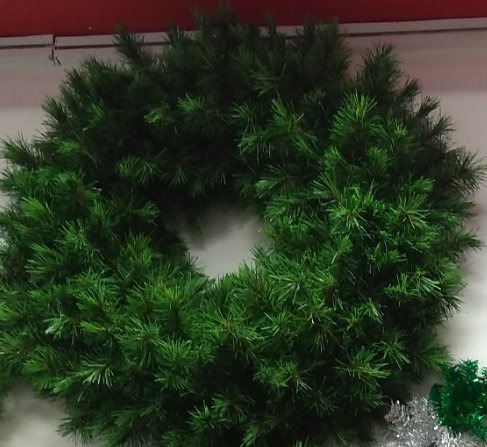 Imagen 1 de 2 de Corona Bavaro Lujo Verde Y Blanca Aro Doble 90 Cm Diametro