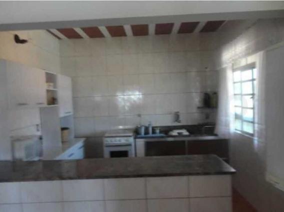 Chácara Com 1500m² Em Condomínio Fechado Em Alfenas/mg - 7491