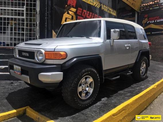 Toyota Fj Cruiser Sport Wagon 4x4 Sincronico