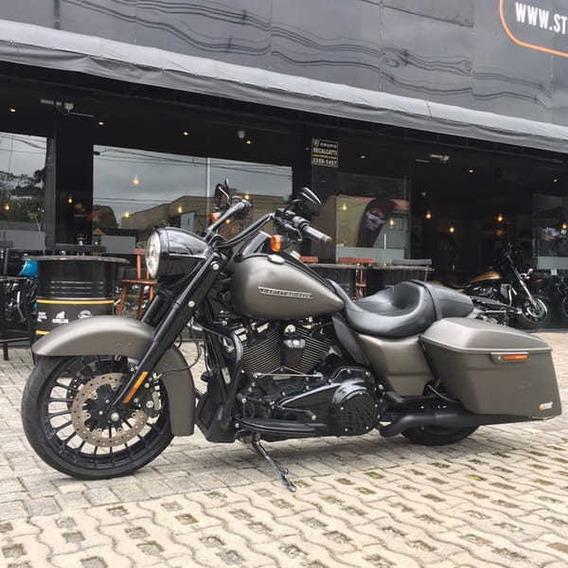 Road King Custom 2018 - Harley-davidson